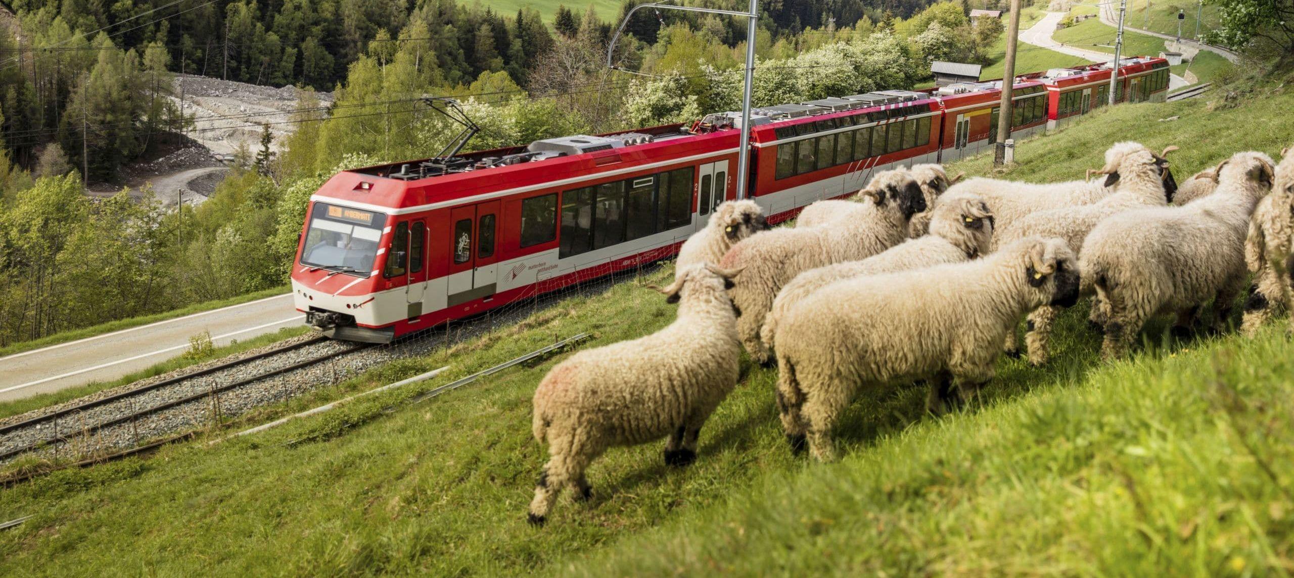 Bahnhof Zermatt erstrahlt neu in energiesparendem Glanz